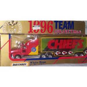 Kansas City Chiefs NFL Diecast 1996 Matchbox Tractor