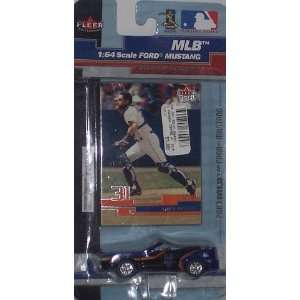 York Mets Mike Piazza 2003 MLB Diecast Ford Mustang Convertible Car