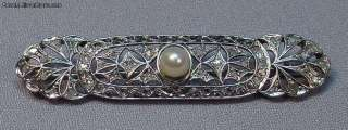 Antique Art Deco 18k White Gold Pearl Diamonds Brooch