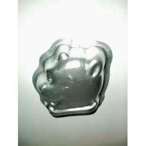 Wilton Small Pooh Bear Cake Pan [approx. 4.5 to 5 tall