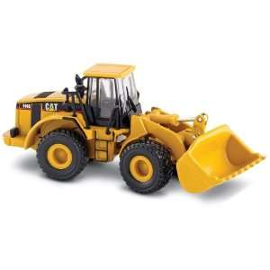 Norscot Cat 966G Wheel Loader 187 scale Toys & Games